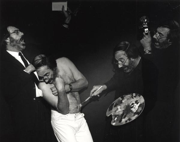 Histoire de l'art, le collectionneur, le modèle, le peintre, le photographe, 1989