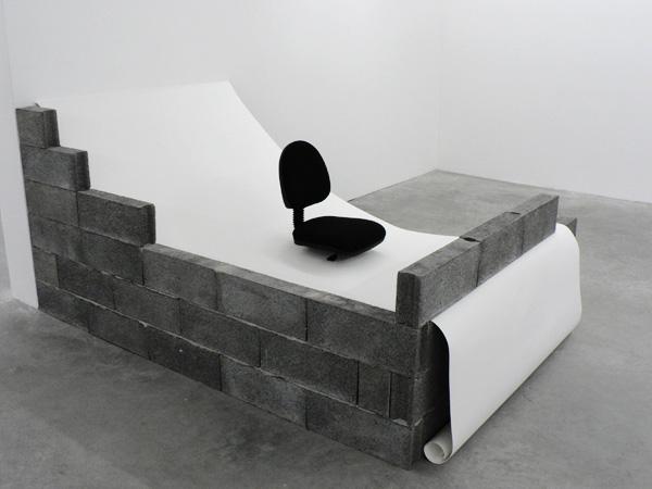 Vue de l'exposition Faites peur, S�te, 2006