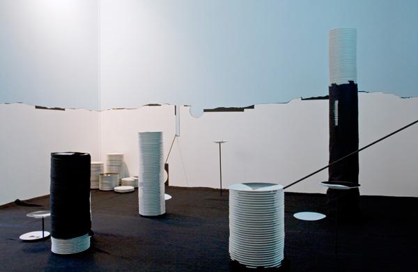 Vue de l'installation La balance des blancs, Paris, 201