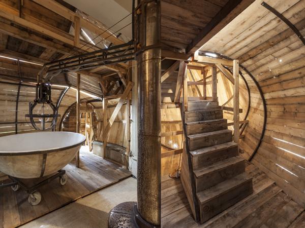 Vue de l'exposition <i>Le Trou</i>, Villa Bernasconi, Genève, 2012<br/>5/10