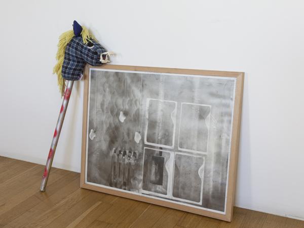 Vue de l'exposition <i>Le Trou</i>, Villa Bernasconi, Genève, 2012<br/>10/19 - Photo : © Dylan Perrenoud