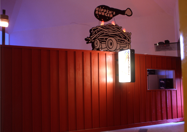 Kippen's Burger, 2003