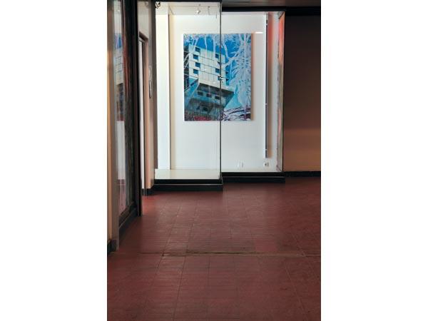 <i>Monument #1</i>, huile et peinture à carrosserie sur toile, 114 x 146 cm, 2012</br>16/19