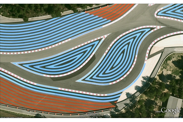 Projet <i>in situ</i>, Circuit P. Ricard, Marseille<br/>S�rie de marquages de bord de piste