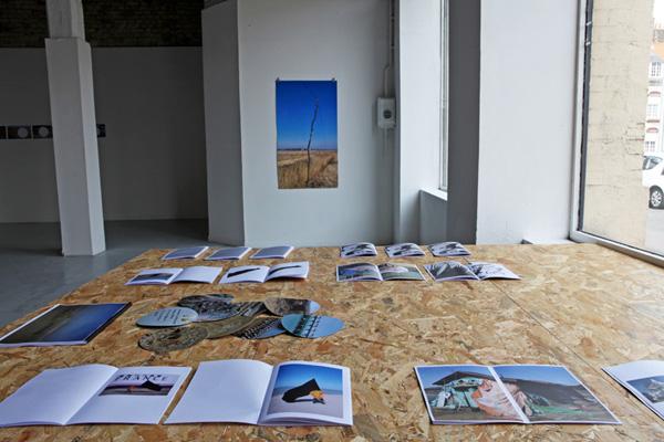 <i>Les cercles</i>, correspondances entre les deux artistes par voie postale ; <i>Les livrets</i>