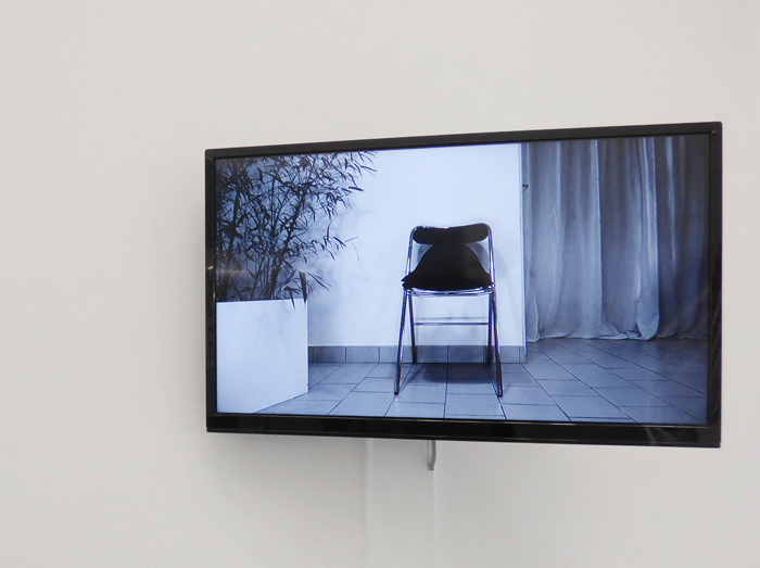 <i>Chair</i>, video HD 8 min, 2019