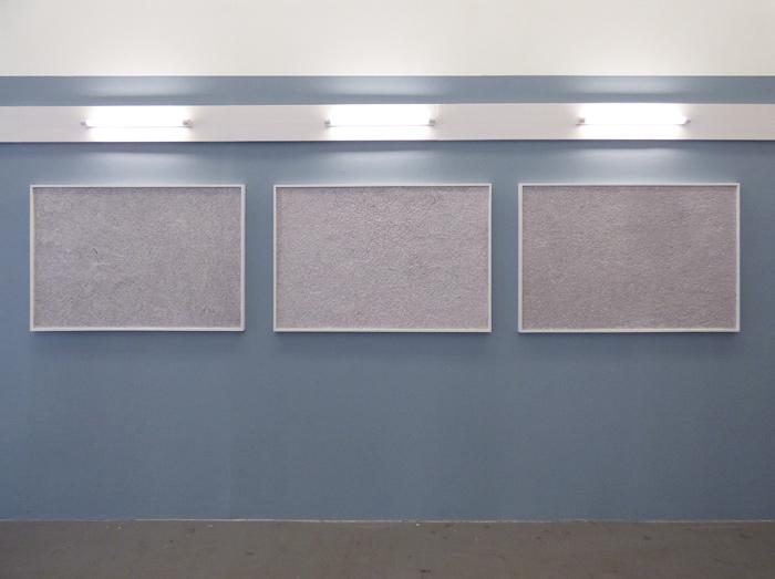 <i>Matière grise</i>, papier mâché, 120 x 80 cm (x 3), 2019